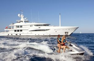 Crewed yachts charter